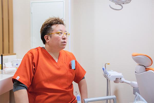 歯並びをきれいに整える矯正治療を行っています